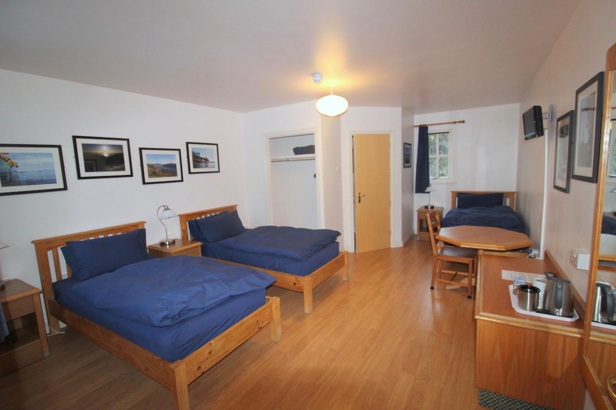 Glenuig-Inn-ensuite-accommodation-twin